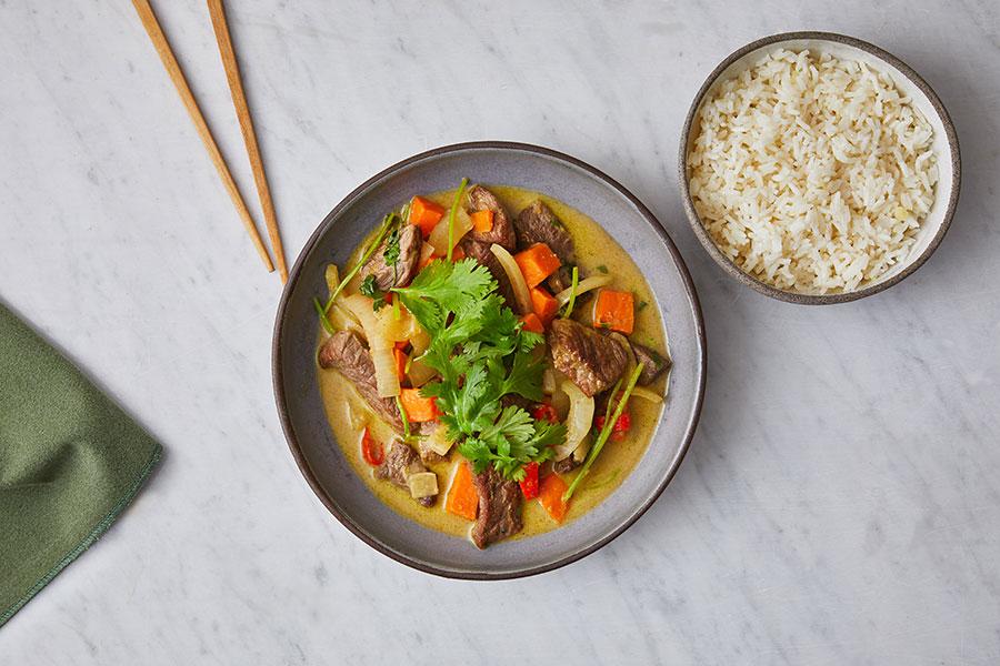 שייטל בקארי ירוק ואורז מתובל